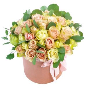 """Цветы в коробке """"Искра радости"""""""